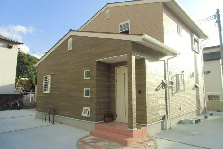 北九州市門司区「タイルのニッチが可愛い家」