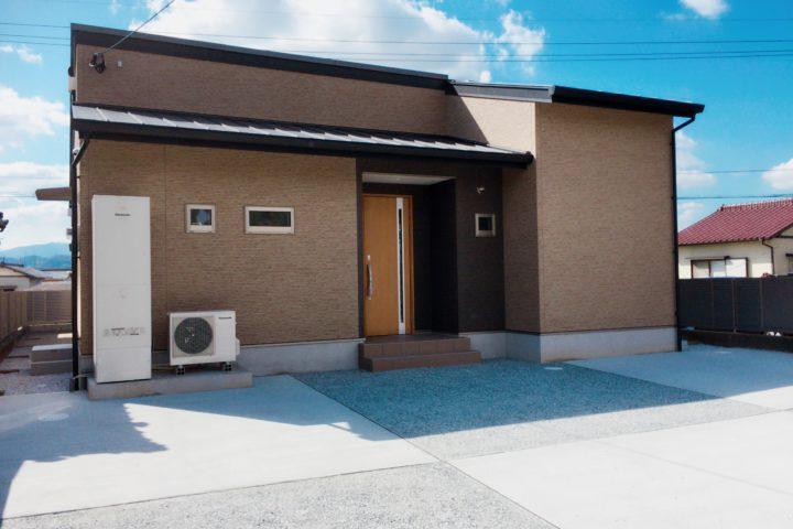 北九州市小倉南区「造作棚で造る書斎がある平屋の家」