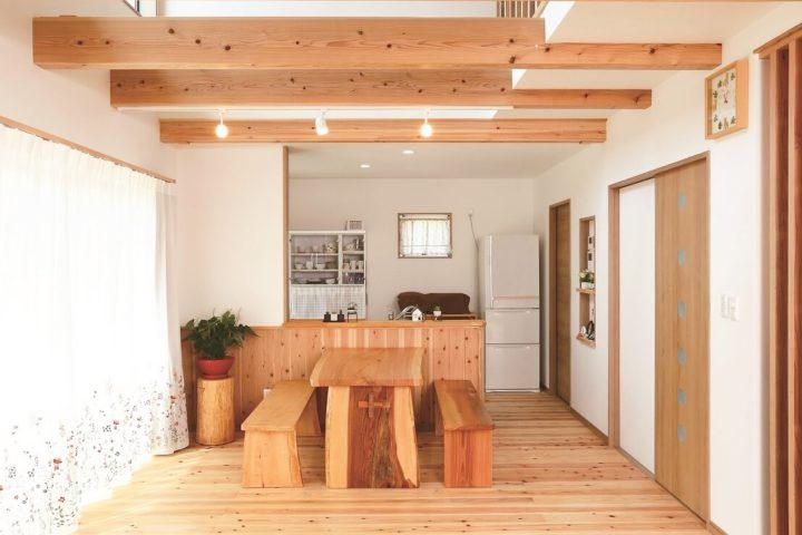 北九州市小倉南区「木の香りに包まれるくつろぎの家」