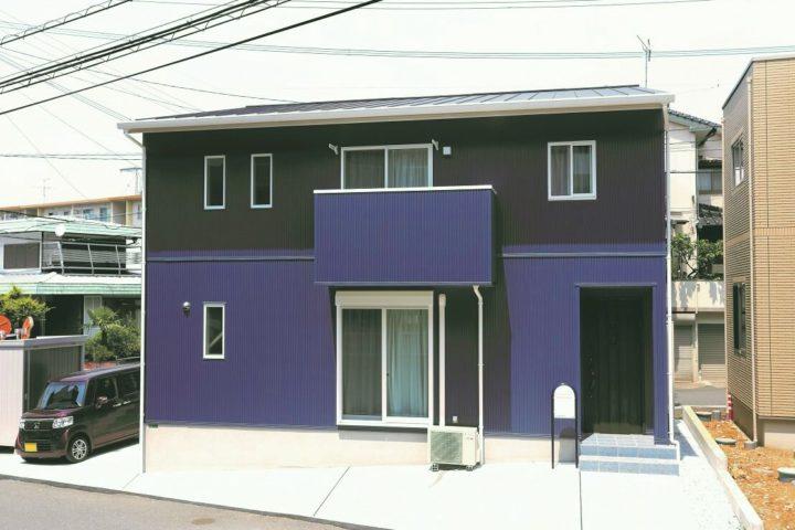 北九州市門司区「シンプルモダンな青の家」