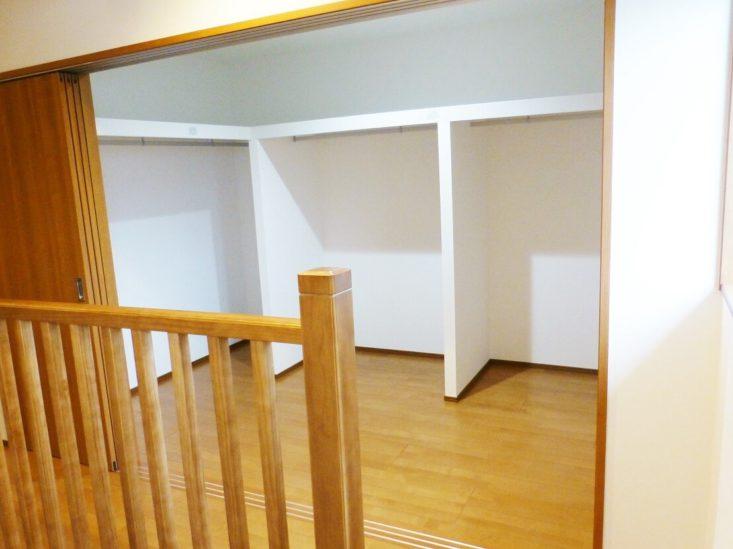 北九州市八幡東区「玄関とリビングが直結した家」