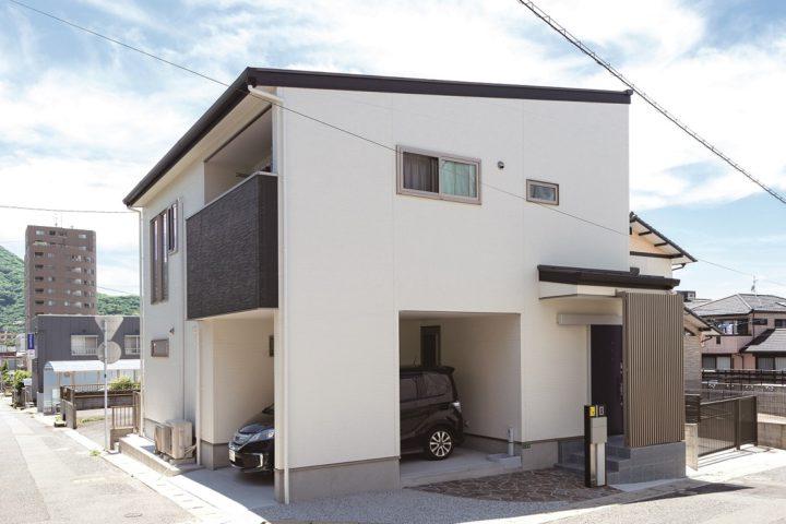 北九州市門司区「30坪の敷地に建つガレージのある家」