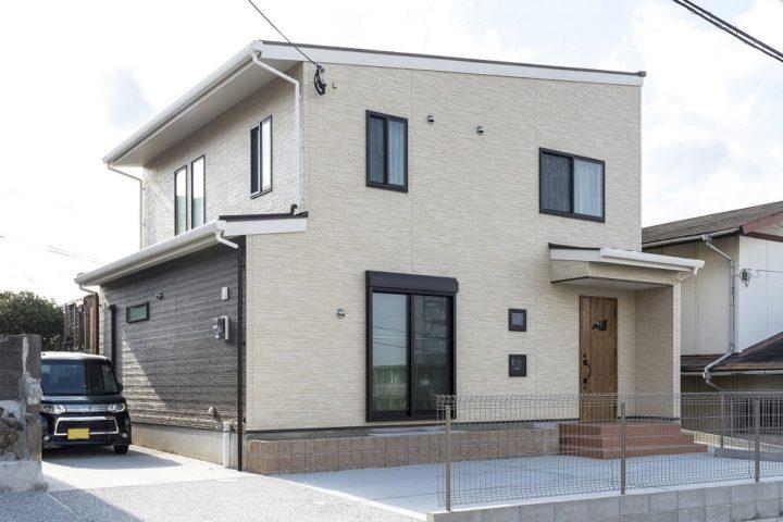 北九州市戸畑区「吹き抜けリビングの明るい家」