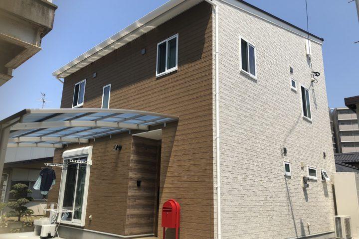 北九州市八幡西区「吹き抜けに小窓がある家」