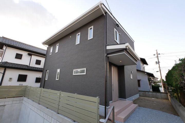 北九州市小倉南区「回遊動線にこだわるグレージュの家」