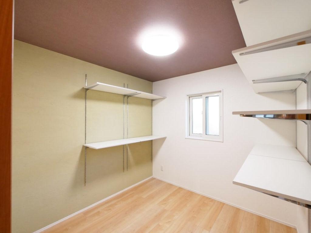 居室としても使用可能な大型収納