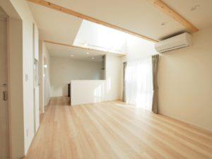 北九州工務店で建てた吹き抜けのある明るい家