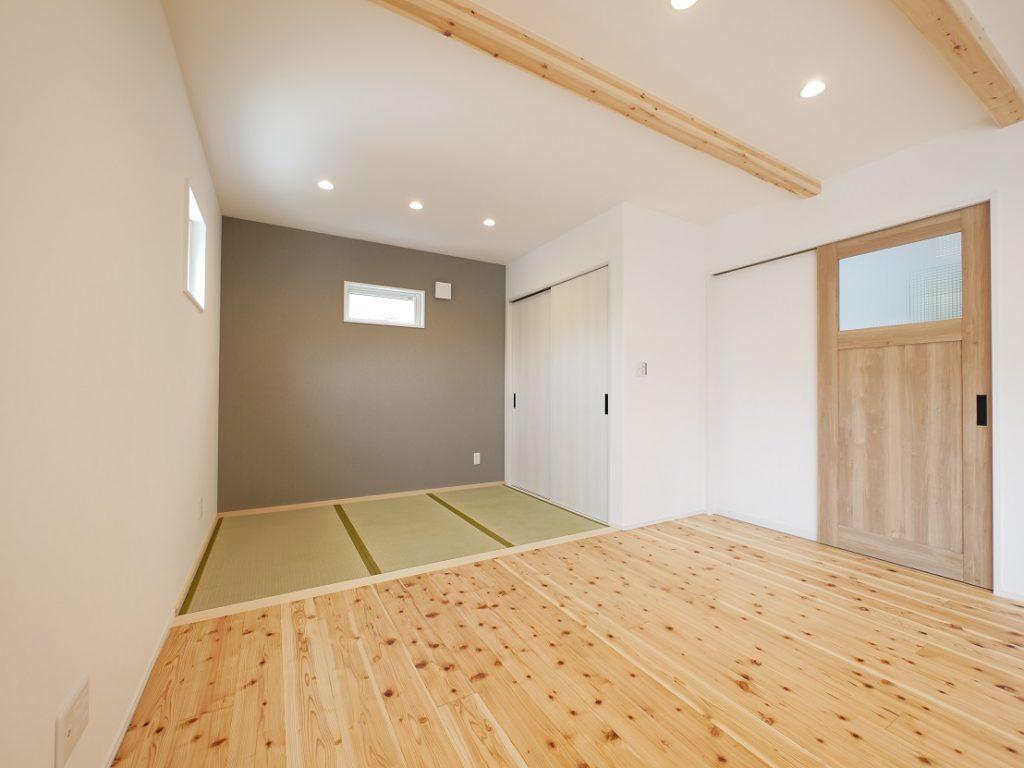イーホームが施工した子育て住宅のタタミスペース