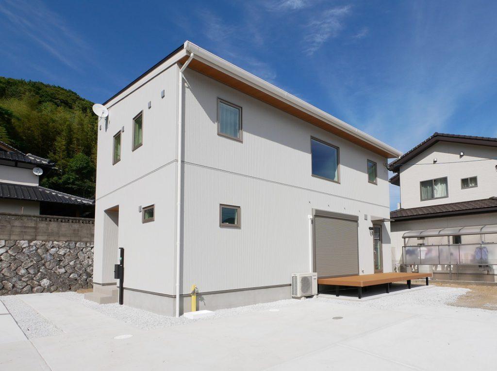 イーホームが施工した子育て住宅の外観写真