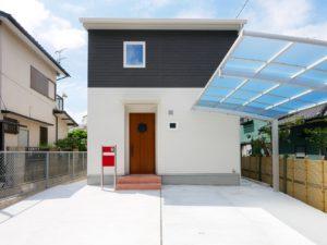 北九州市小倉南区「狭小地に建つ適所収納が光る家」の外観