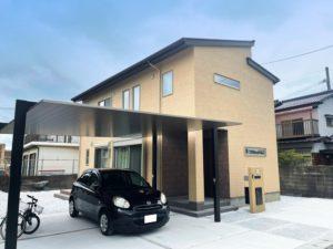 【北九州のイーホーム】カーポートがスタイリッシュな施工事例